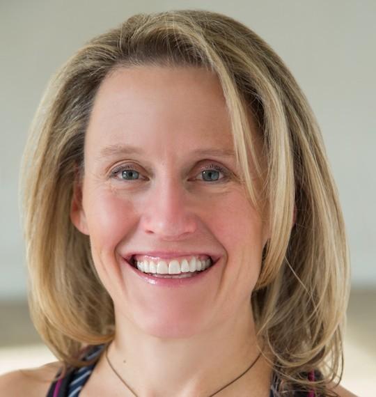 Sarah Barrington Headshot